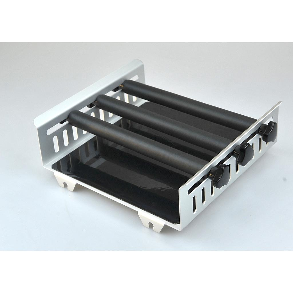 Universal Platform with 3 horizontally adjustable clamping bars, for use with various flasks/vessels